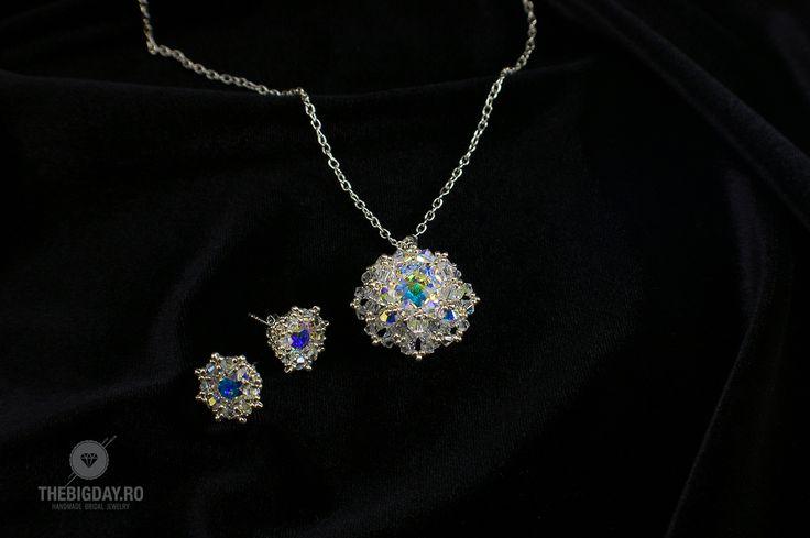 The Big Day   #1-0025 Set Swarovski Cristals http://thebigday.ro/ #Swarovski #swarovskijewelry #jewelry #handmadejewelry #wedding #mireasa #bijuterii #cristale #bijuteriimireasa #nunta