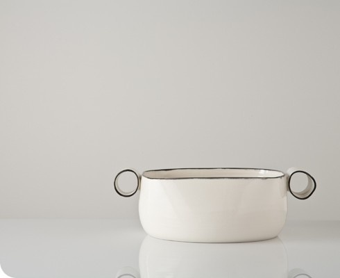 this DMK serving bowl is amazing...can't seem to find any more pieces, but this would be easy to mix-and-match