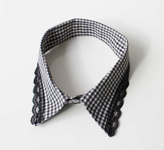 Detachable collar recycled man's shirt.