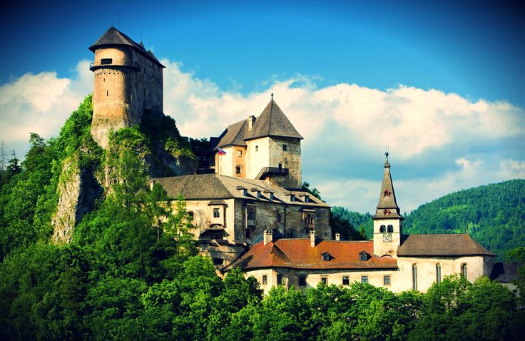 ORAVA CASTLE Majestic castle standing proudly on the top of the hill since 13th century will ravish your imagination as it did to filmakers who used it as a stage for Dracula movie.  #castle #Slovakia