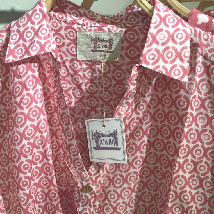 Camicie in mussola di puro cotone stampate in India con la tecnica dei blocchi di legno intagliati a mano. Disegni esclusivi www.xiwikj.com