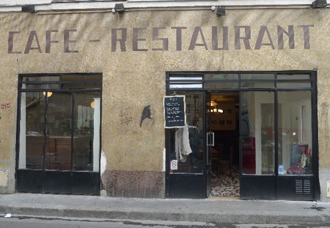 152 best a table images on pinterest diners paris restaurants and restaurant. Black Bedroom Furniture Sets. Home Design Ideas
