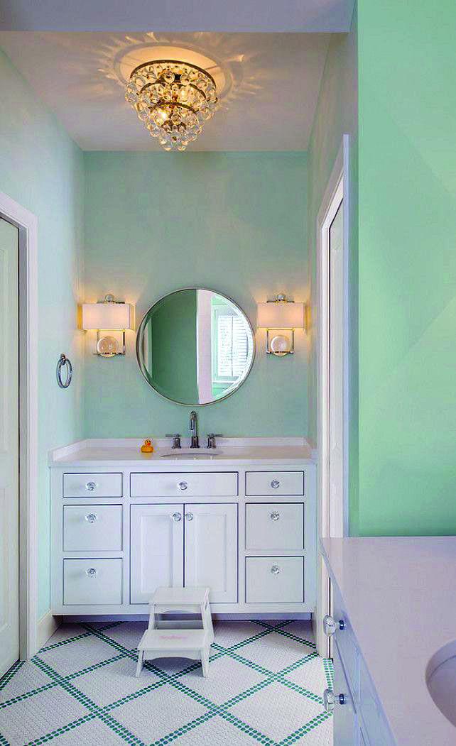 10 Paint Color Ideas For Small Bathrooms Homes Tre In 2020 Mint Green Bathrooms Bathroom Interior Design Green Bathroom