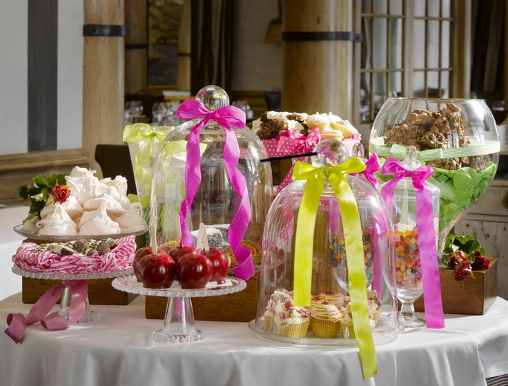 Anyone with a sweet tooth won't be able to resist Cape Grace's Sweet buffet! Cape Town.