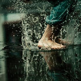 playing in the rain.: Water, Puddl Jumping, Rainy, Happy, Rain Dance, Pictures, Summer Rain, Plays, Splish Splashes