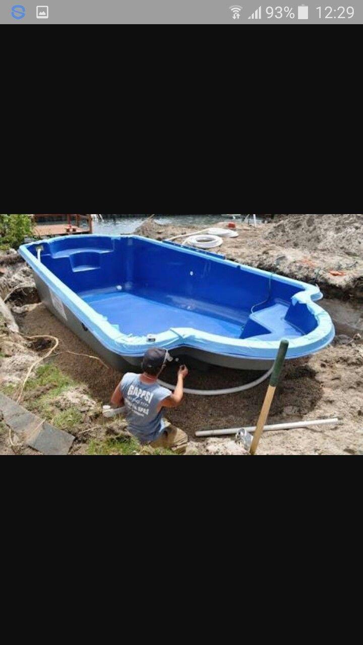 fiberglass yüzme havuzları imalattan .her ölçü ve modelde üretim ve montaj yapılır