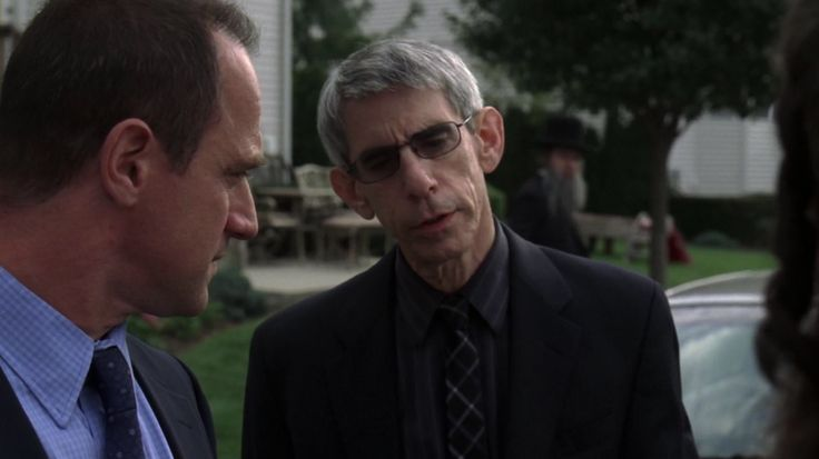 Detective Elliot Stabler & Sergeant John Munch