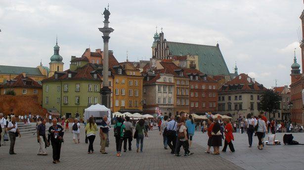 Memoria del Holocausto vive en las calles de Varsovia - http://diariojudio.com/noticias/memoria-del-holocausto-vive-en-las-calles-de-varsovia/202805/