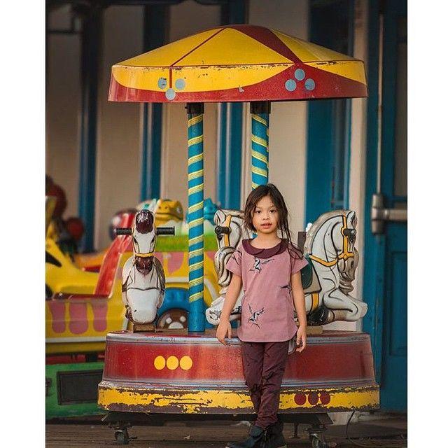 How adorable  wearing all mói image from @applebabystore ➕ @leica_loves  #moikidz #kidsstyle #kidswear #fashionista #tivoli #tivolifashions #beautifulgirl #leggings #tshirt #girltshirt #pink #minimal #organiccotton #scandinaviandesign