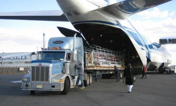 What Makes Air Shipping better than Ocean Freight Shipping?