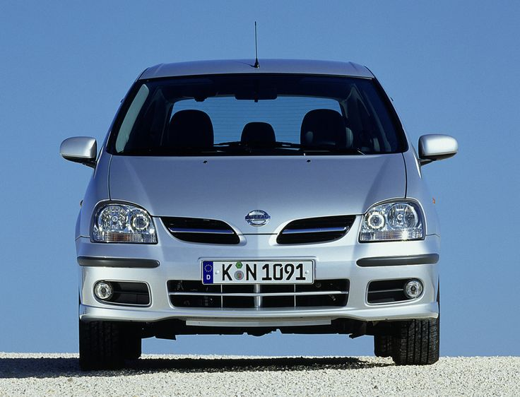 Nissan Almera Tino (V10) '2003–06