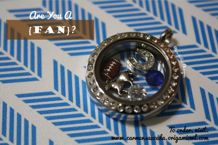 Let your Origami Owl locket show your team spirit. This living locket is inspired by the #Colts #football #necklace #origamiowl  www.facebook.com/OrigamiOwlByCarmenSauceda
