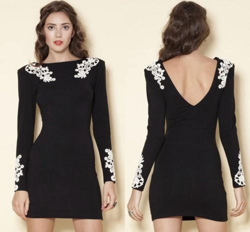 Black body con dress with lace appliqué: Dip, Style, Body Con Dress, Clothing, Black Laces, Dresses Skirts, Little Black Dresses, Black Body, Fun Elegant Dresses