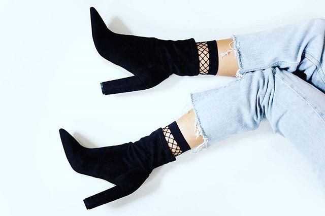 Sabe aquela pessoa apaixonada por #botas #shoes?  Então sou eu. Na dúvida, uso bota  Além de ser lindo, muito prático.