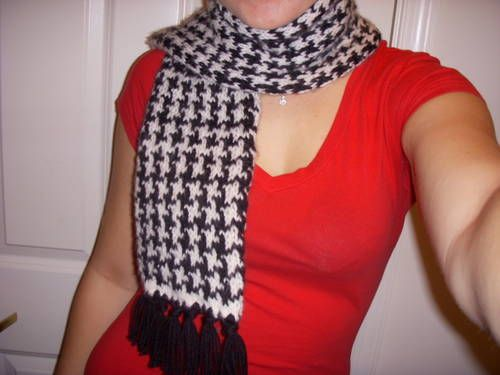 Knitting Pattern For Houndstooth Scarf : Houndstooth scarf - KNITTING Knitted Crocheted Pinterest