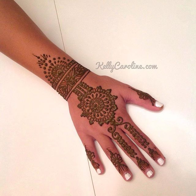 Mehndi Party Pictures : A fun new henna design from the party in northville