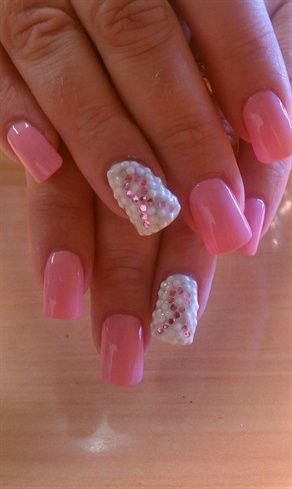 breast cancer awareness nails! White and pink nails naildesigns breastcanernails