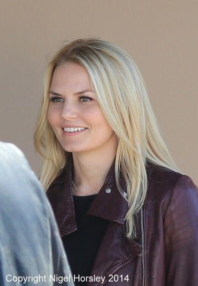 Jen. She is so pretty❤️