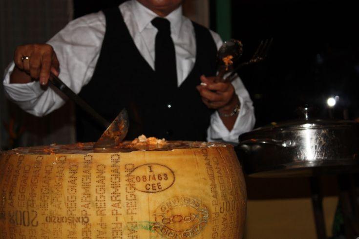 married to a meat-eater: Spaghetti al Formaggio Parmigiano in Aruba