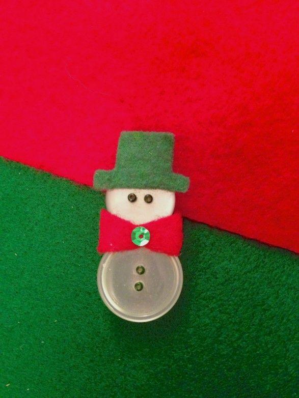 Button Snowman with Felt Hat & Scarf / Katleen ... tout simplement!