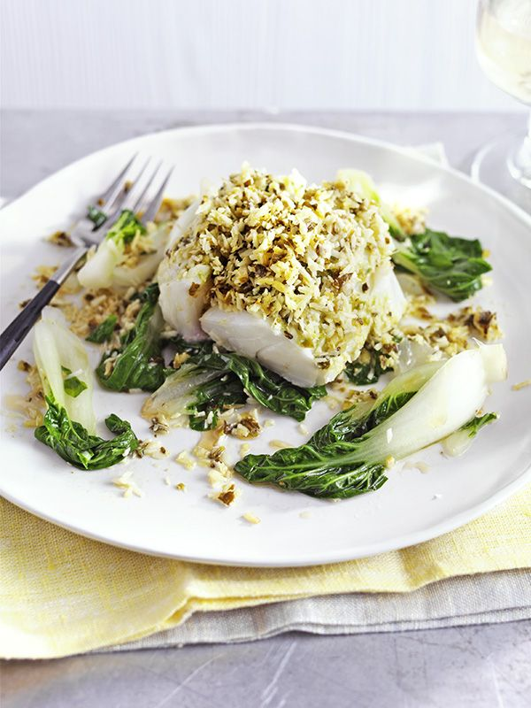 Coconut ginger fish parcels - These coconut ginger fish parcels are easy to make, ready in just 30 minutes and under 500 calories - perfect for a midweek meal