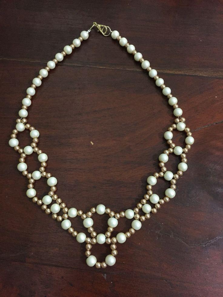 Perlas y beige