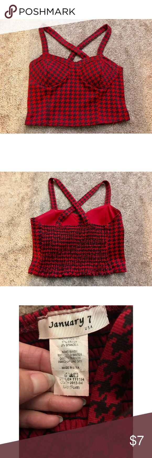 Sexy Red & Black ladies crop top! Size Medium Sexy Red & Black ladies crop top! Excellent condition. Goes great with high waisted skirts, shorts, jeans, leggings and more!   Size: Medium  Made with 80% Polyester 17% Rayon 3% Spandex.   Bundle and save!! Tops Crop Tops