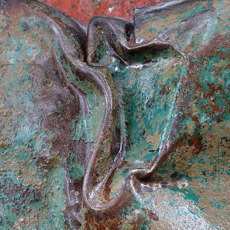 Rust and Patina Photos : 009.photo detail iron drum