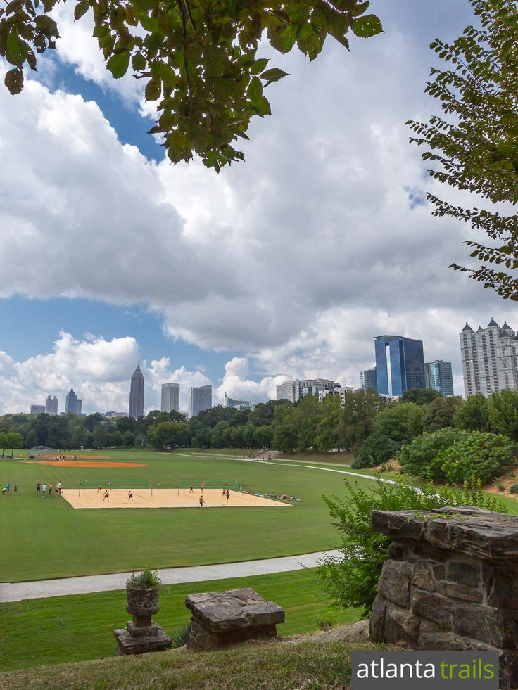 Run Piedmont Park in Atlanta's Midtown Neighborhood on this 4 mile running trail