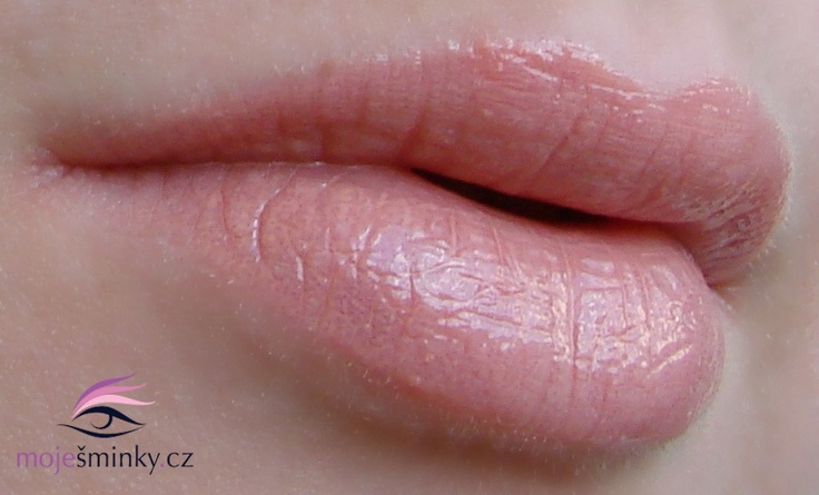 BM Beauty Nude lip gloss