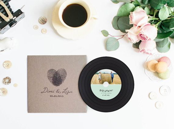 Vintage Vinyl CDs And Sleeves Kraft CD Wedding Favors Custom Package Unique Customize Your Design