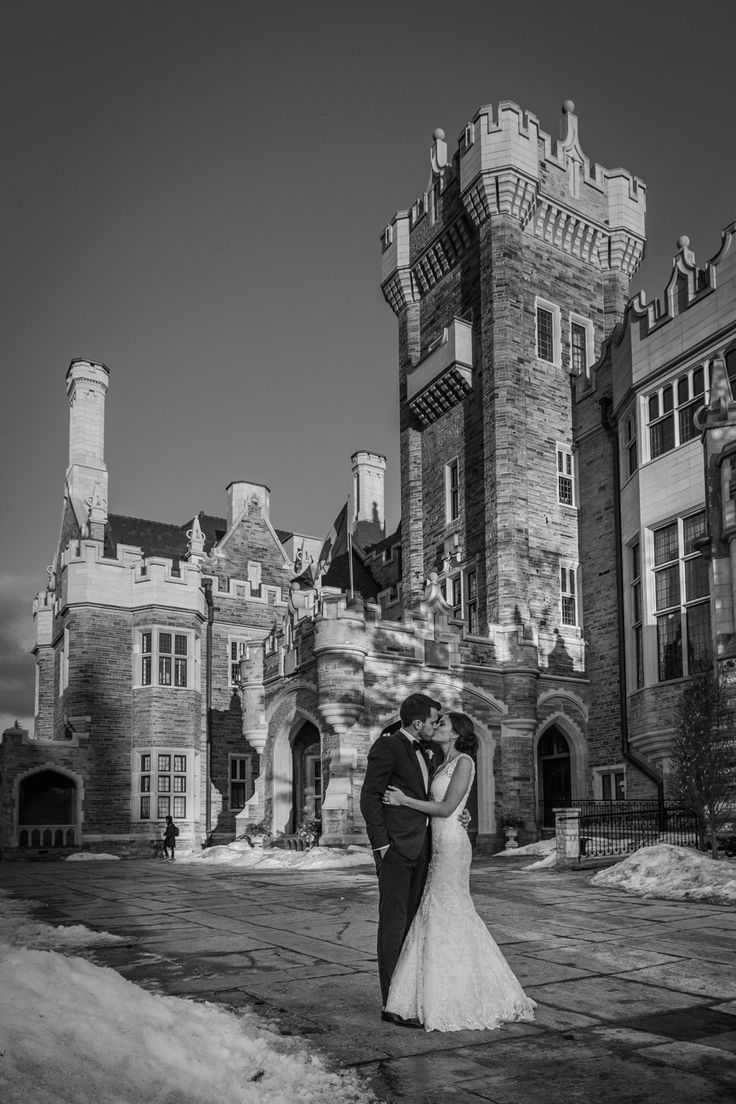 The Beautiful Couple in front of Casa Loma http://www.fusion-events.ca/