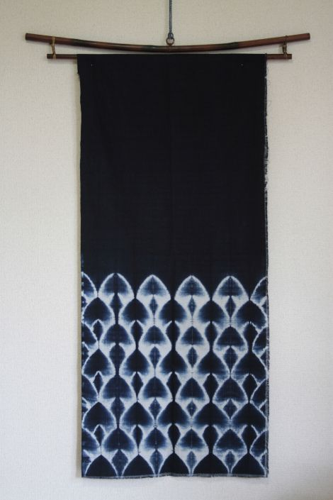 Pattern Shibori tezukuri~ Another gorgeous indigo dyed shibori fabric by Luisa