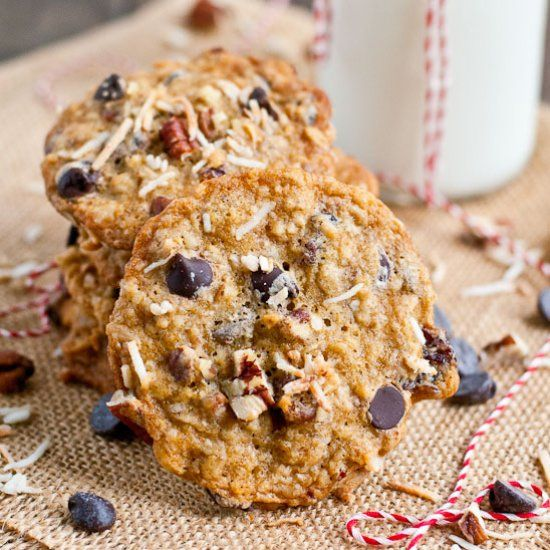 ... pecans, dried cherries, and chocolate chips! | COOKIES / OATMEAL