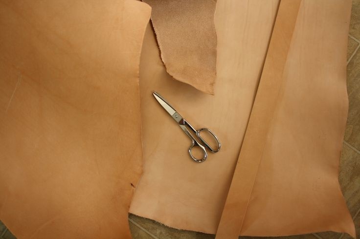 leather, hand creafted , lederwaren, handgemaakt, plantaardig leder