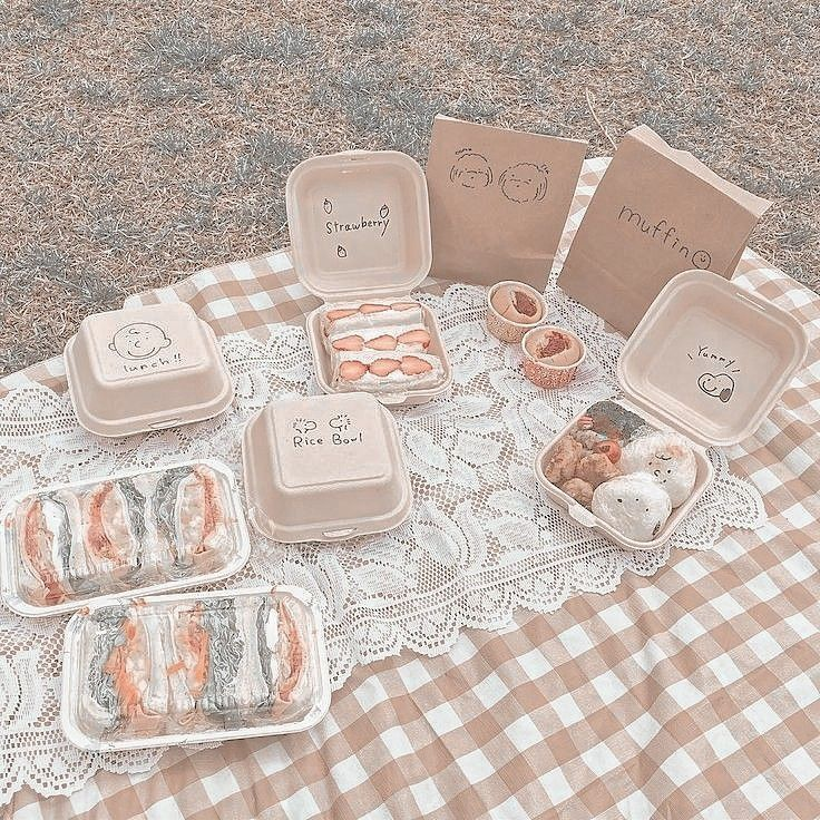"""Н€ð""""𝐒𝐓𝐇𝐄𝐓𝐈𝐂 ͘±ð˜ªð˜¯ð˜µð˜¦ð˜³ð˜¦ð˜´ð˜µ ͘¦ð˜¤ð˜ð˜¢ð˜ªð˜³ð˜¦ð˜·ð˜¦ Aesthetic Food Beige Aesthetic Aesthetic Anime sweatshirt aesthetic vaporwave japanese otaku glitch anime manga unisex. aesthetic food beige aesthetic aesthetic"""