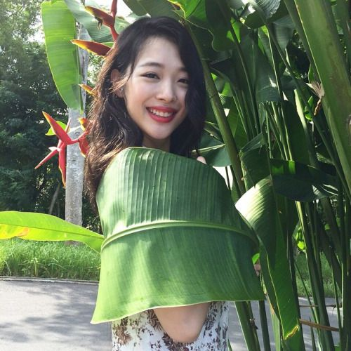 최진리Choi Jin-ri (설리Sulli) March 29, 1994 Busan, South Korea. actress, model, singer