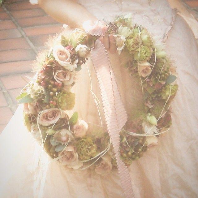 My work.  10年前に作ったブーケ。  懐かしいね。  私の大切な2人。  10年目の結婚記念日おめでとう✨  #weddinganniversary #10thanniversary #リース #happytoseeyou