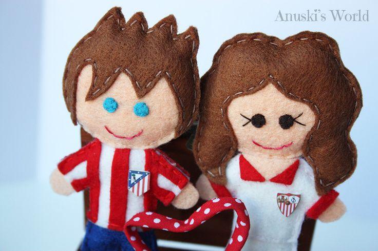 pareja futbol personalizado, muñecos futbol personalizados, muñeco atletico de madrid, muñeco sevilla fc, llavero sevilla fc