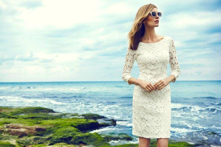 Elegancka koronkowa sukienka Top Secret