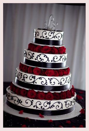 Cute: Cakes Ideas, Stuff, Gothic Wedding Cakes, Color, Weddings, Black White, Red Rose, Weddingcak, Red Black
