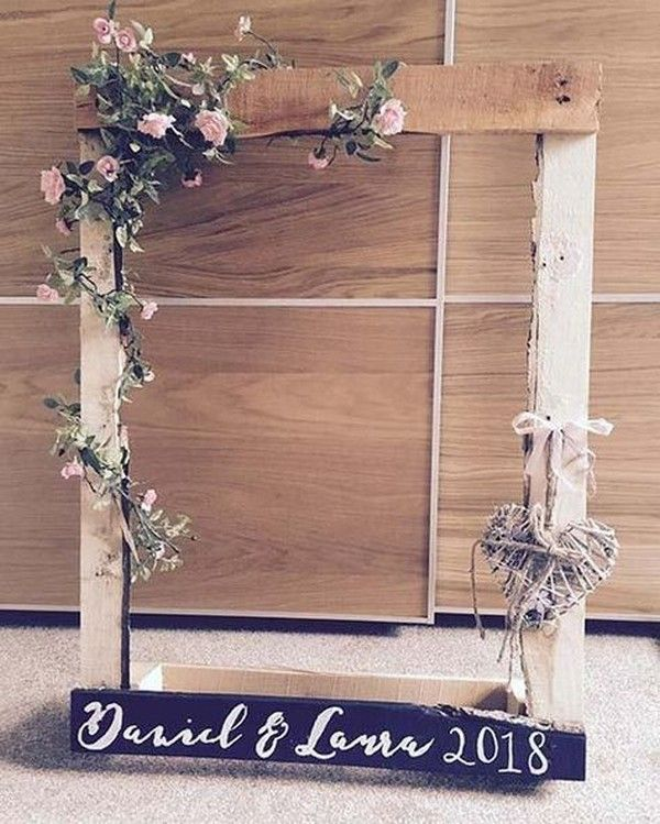 Country Rustic Wooden Wedding Photo Booth Ideas Wedding Weddings Weddingideas Hmp Weddingbackdrops Wedding Photo Booth Floral Wedding Photo Booth Frame