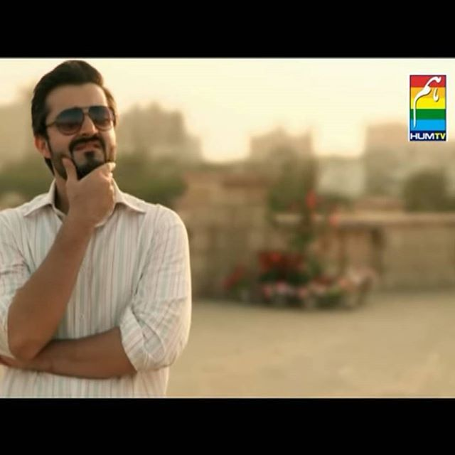 Tell me from which drama is this pic taken ? Comment fast and double tap for a shotout 💥 #Hamzaaliabbasi#bae#white#slays#perfecto#adorable#themlooks#damnhamza#haafamily#hamzalians#ProudPakistani#downtoearth#bestperson#simple#lovehim#respect#wow #white#slayer