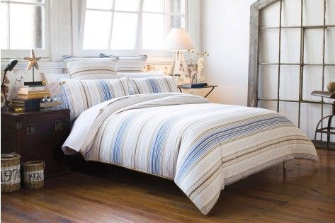 [Blue]  Queen Quilt cover in stock and on sale but not pillow cases. Could buy plain beige, white or blue