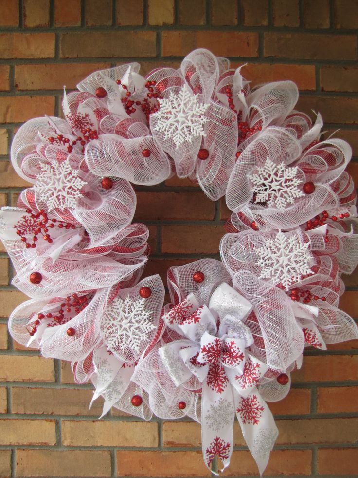 CHRISTMAS SALE Christmas Deco Mesh Wreath- Christmas Peppermint Wreath- Candy Cane Wrearth by PrettyHomeCreations on Etsy https://www.etsy.com/listing/212476095/christmas-sale-christmas-deco-mesh