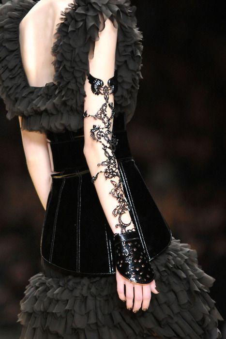 I LOVES IT I have a few dresses w/bottoms like that & I LOVE THEM