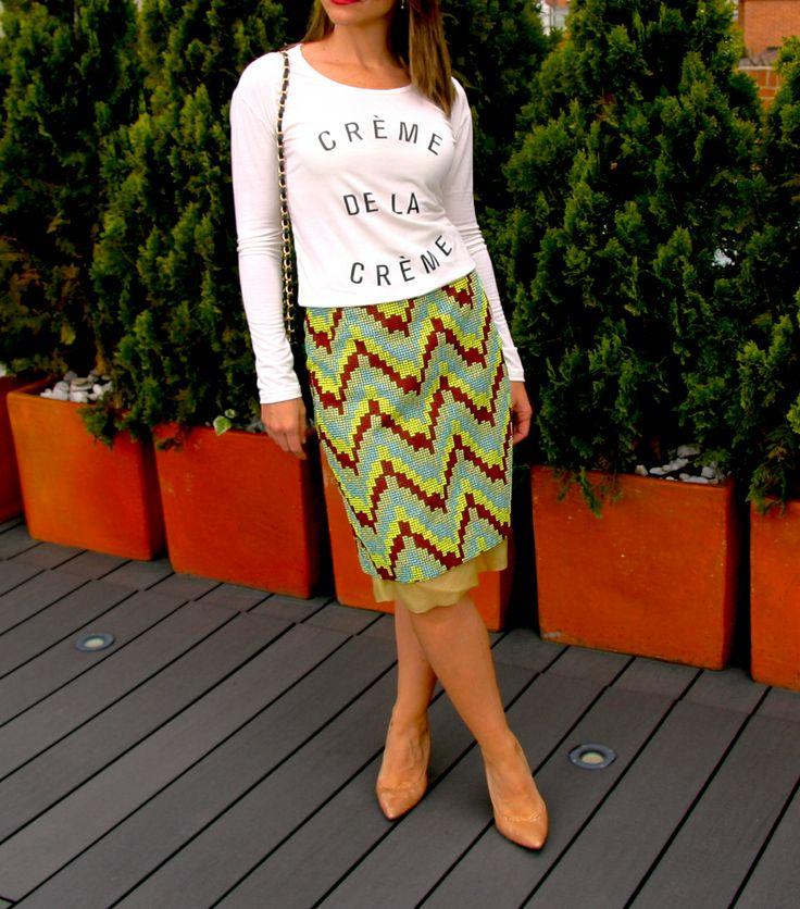 Blusa CREME DE LA CREME. Tshirt, blouse, top, white, black text, cool, skirt, outfit, fancy.  @R T  39.000