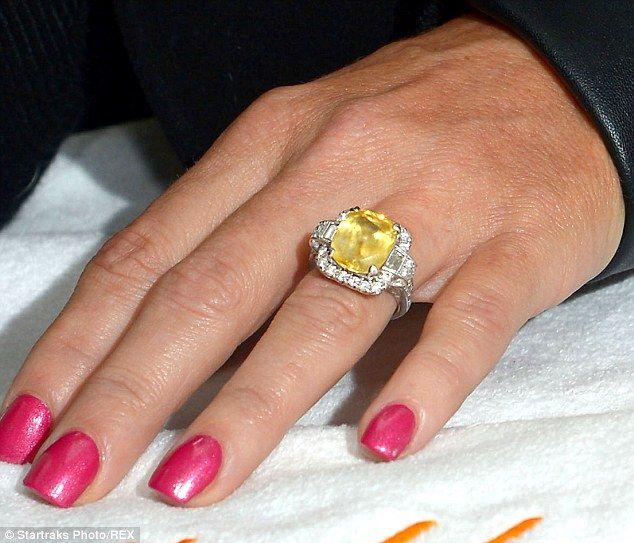Jenny Mccarthy Wedding Ring Worth