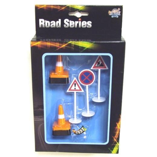 Kids Globe Traffic : Road Series - Traffic Signs and Traffic Cones