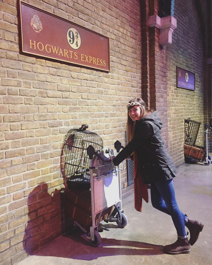 Harry Potter Studios was fabulous  just hoping on the Hogwarts Express home now . . . . . . . . #hogwarts #hogwartsexpress #train #9and3quarters #wheresmyhogwartsletter #wizardworld #harrypotter #hpworld #wbstudiotour #magic #watford #london #tourist #ravenclaw - Use code witblade at checkout for 10% off Wizard World 2018 tickets!